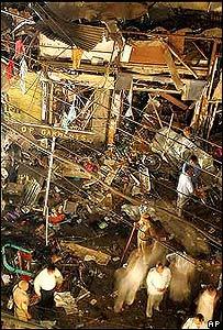 Lugar de la explosión en el mercado de Paharganj.