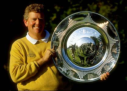 Colin Montgomerie poses with the Cisco World Matchplay trophy  in 1999