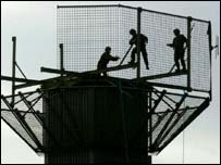 Republicans want Army watch towers dismantled