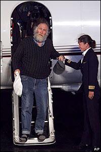 Bobby Fischer a su llegada Islandia.