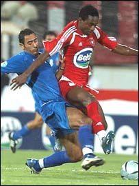Ahly's Mohammed Shawky and Etoile's Emeka Opara