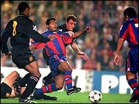 Jugadores de Manchester United y Barcelona.