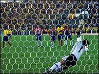 Gol de Marlon Ayovi de Ecuador.