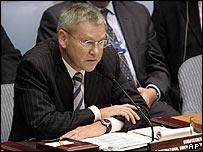 Lead UN investigator Detlev Mehlis