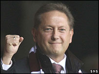 Vladimir Romanov shows his support for Hearts