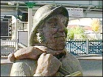 Statue of jolly fisherman at Skegness train station