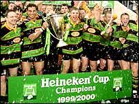 Northampton celebrate winning the Heineken Cup in 2000