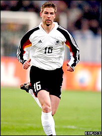 Thomas Hitzlsperger says a move to the Bundesliga could boost his international prospects