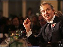 Тони Блэр на конференции в Лондоне