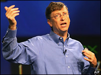 Bill Gates presenting Windows and Office Live