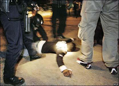 Police make an arrest in Clichy