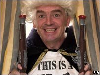 Michael O'Leary in fancy dress to attack other airlines' fuel surcharges