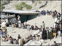 Quake survivors in Muzaffarabad