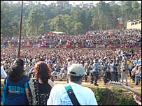 Charikot crowds