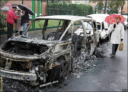 Burnt-out car in the Paris region after the eight consecutive night of rioting