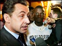 Ministro del Interior francés, Nicolas Sarkozy.