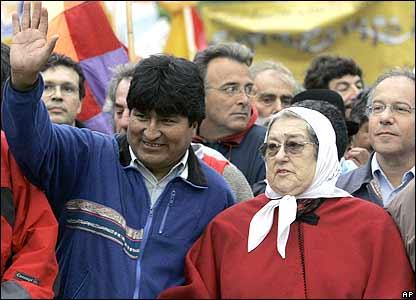 Evo Morales junto a Hebe de Bonafini