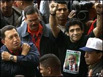 Ch�vez y Maradona durante la contracumbre de Mar del Plata