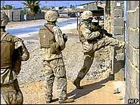US marines search house in Anbar this week