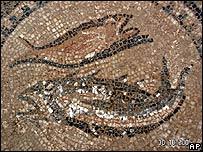 Mosaico con dos pescados