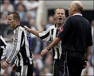 Alan Shearer remonstrates with Barry Knight