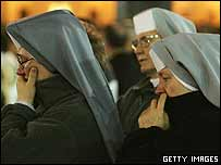 Nuns mourn the Pope's death