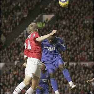 Darren Fletcher scores