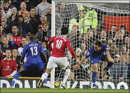 John Terry is beaten by Darren Fletcher's header