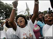 Supporters of presidential candidate Ellen Johnson-Sirleaf