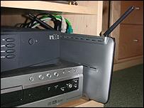 Distribuidor inalámbrico de internet con tecnología wi-fi.