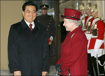 The Queen and Chinese president Hu Jintao