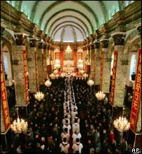 A commemorative mass for Pope John Paul II at the Southern Cathedral, Beijing's largest Catholic church in China, 4 April 2005.