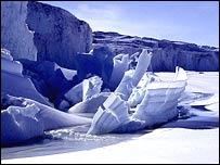 Barnes Glacier, Ross Island.  Image: Glaciers Online/Micheal Hambrey
