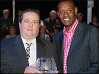 Patrick Gibson with 2004 winner Shaun Wallace