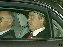 Tony Blair leaving the Commons