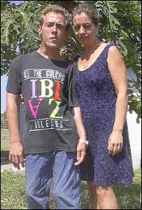 Vladimir Zalaski y su madre, Esviela en Cuba