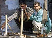 Unemployed construction workers in Baghdad