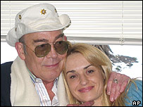 Hunter S Thompson with wife Anita Thompson