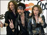 The Darkness at Brit Awards 2004