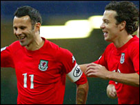 Wales captain Ryan Giggs and midfielder Simon Davies