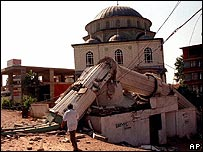 Damaged mosque in Izmit