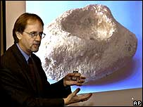 Ron Tappy explaining his findings