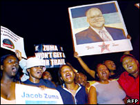 Jacob Zuma's supporters rally in his defence