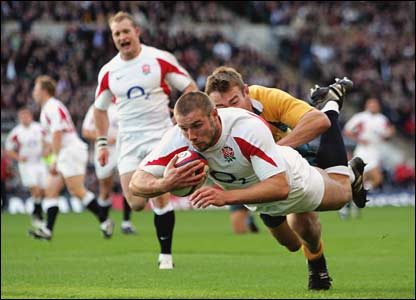 Ben Cohen scores the first try for England