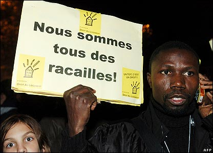 """We are all racailles"": Protest rally in Paris"