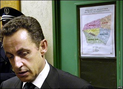 Nicolas Sarkozy in a Parisian police station