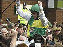 Ruby Walsh celebrates victory on board Hedgehunte