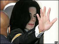 Michael Jackson arrives at court, Monday 11 April 2005
