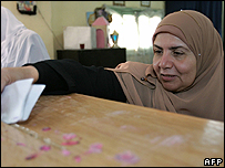The Muslim Brotherhood's only female candidate Makarem el-Deiri votes in the first round