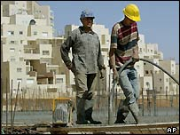 Palestinian construction workers at Maale Adumim settlement